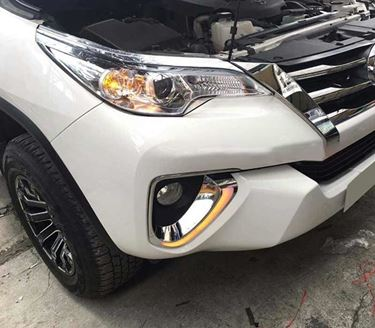 Picture of New Toyota Fortuner Drl lights