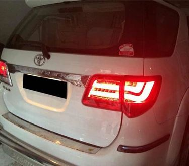 Picture of Toyota Fortuner Type 2 Tail Light  Smoke & Red Glass Color